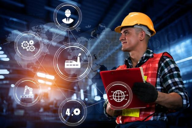 Technologie d'ingénierie et industrie 40 concept d'usine intelligente