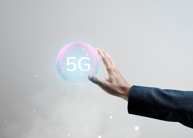 Technologie numérique intelligente de main d'hologramme d'ia