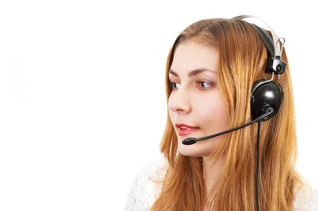 Techsupport fille au téléphone