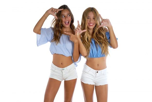 Teen meilleur amis filles heureux ensemble
