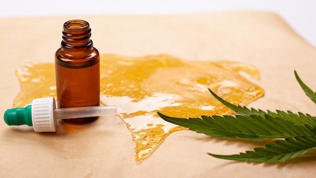 Teinture de cire de marijuana, huile de chanvre médical, haute teneur en thc.