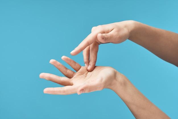 Téléphone de cosmétiques de santé hydratant pour les mains des femmes