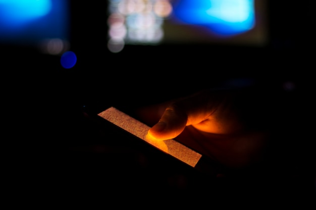 Téléphone portable dans un noir