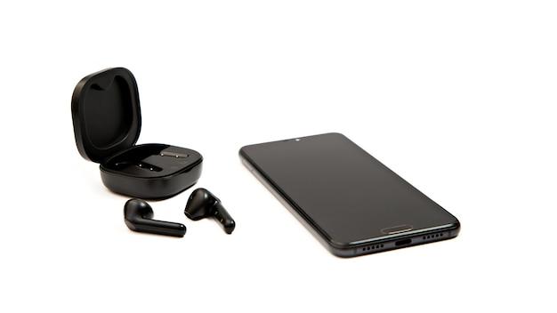 Téléphone portable avec écouteurs sans fil