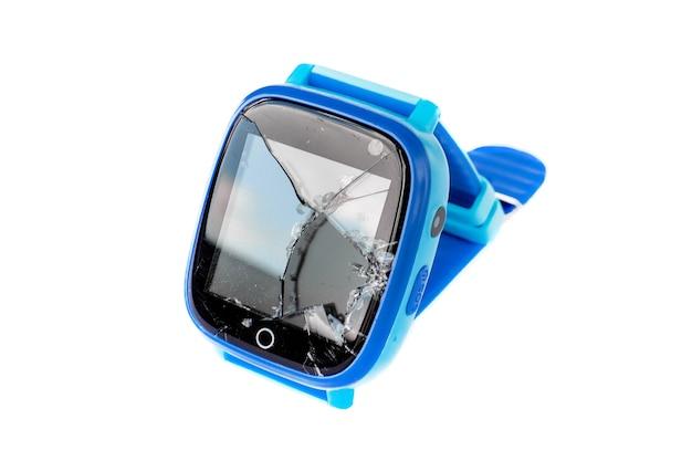 Téléphone smartwatch enfants multicolores avec écran cassé isolé