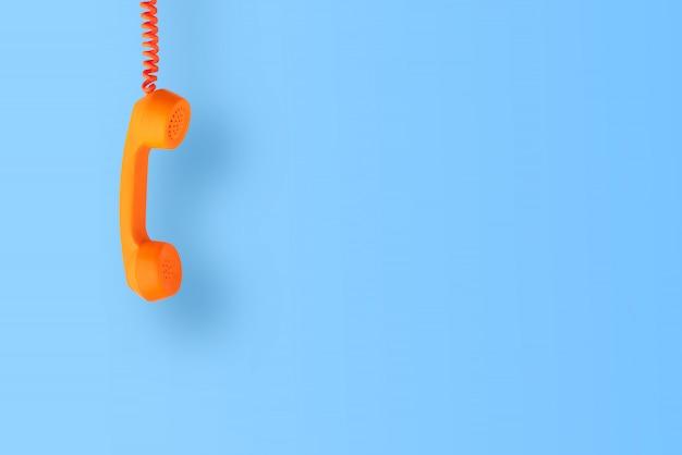 Téléphone vintage et rétro isolé