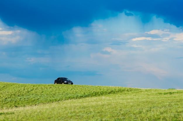 Tempête printanière dans la steppe