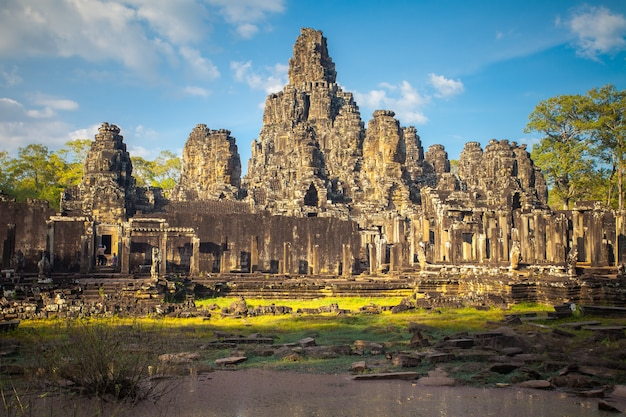 Temple d'angkor wat - cambodge. architecture ancienne