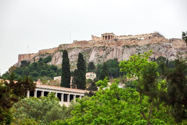 Temple du parthénon dans l'acropole d'athènes, centre d'athènes, grèce