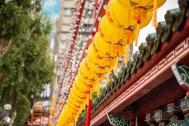 Le temple de longshan au centre-ville de taipei à taiwan