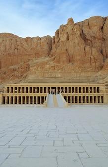 Temple mortuaire de la reine hatchepsout