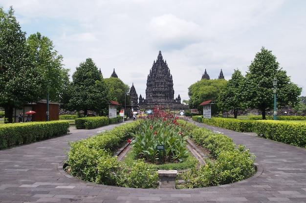 Temple de prambanan, temple hindou à yogyakarta, indonésie