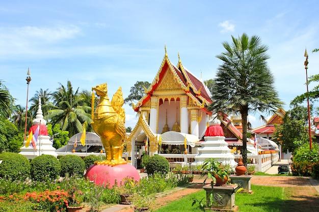 Temple de wat phai lom à koh kret, nonthaburi