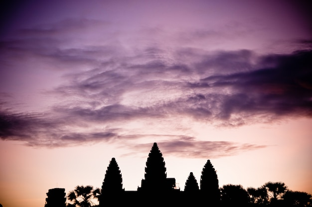 Temples religieux au cambodge d'angkor vat