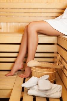 Temps de détente dans le sauna