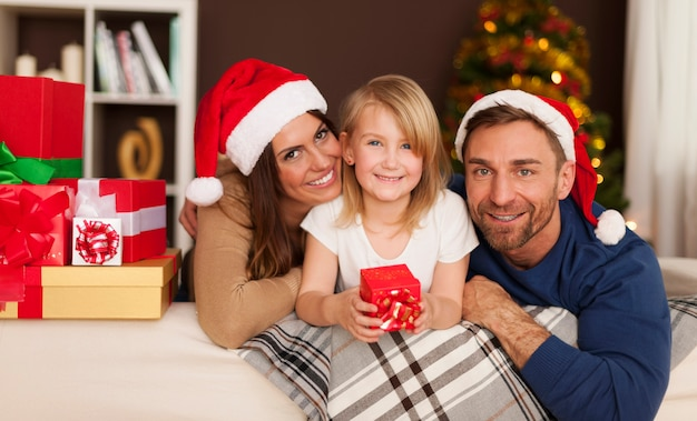 Le temps de noël avec une famille aimante