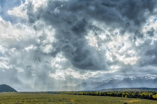 Temps orageux dans le parc national des grands tetons