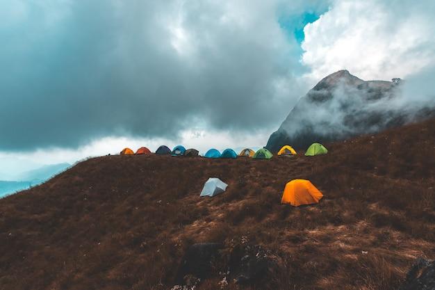 Tente touristique camping en montagne