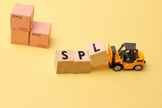 Terme de l'industrie du courrier - logistique des pièces de service spl.