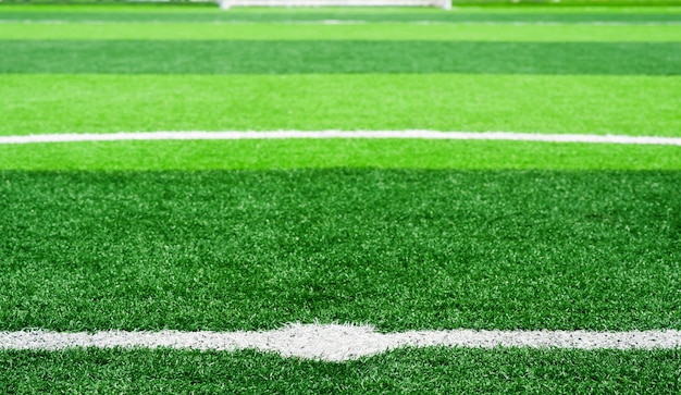 Terrain de football sur gazon artificiel