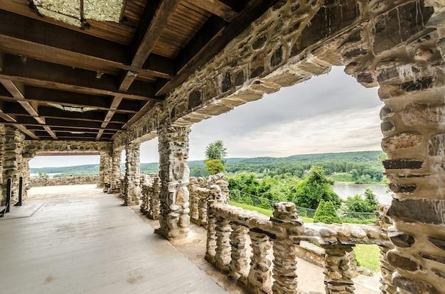 Terrasse du château de gillette
