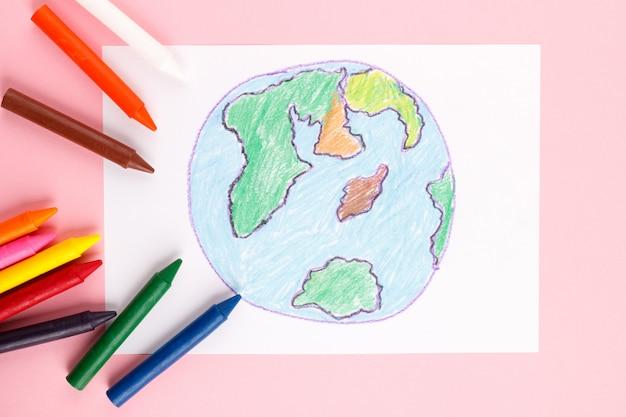 Terre dessinée par les enfants
