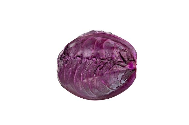 Tête de chou violet rouge isolé sur fond blanc gros plan