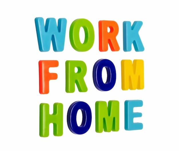 Texte de pandémie de coronavirus travail à domicile sur fond blanc un appel pour que les gens travaillent à domicile