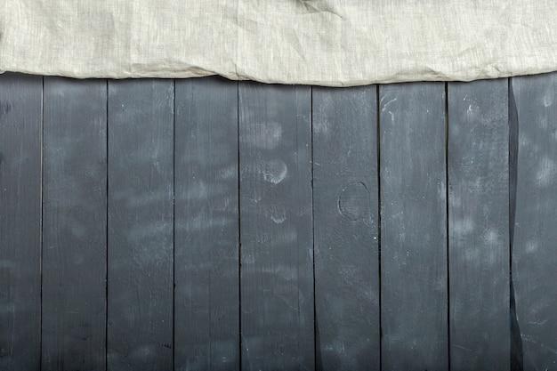 Textile de nappe sur fond en bois