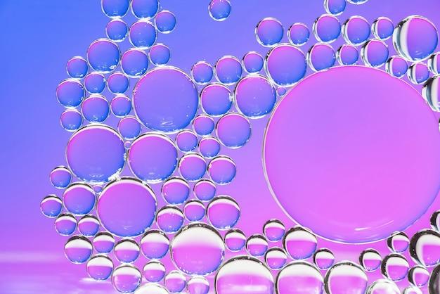 Texture abstraite de bulles violettes et violettes