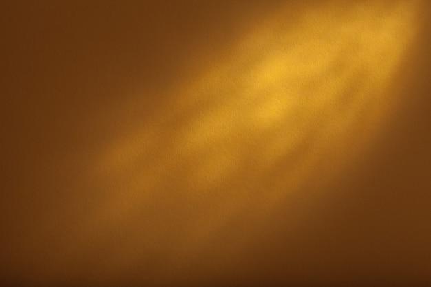 Texture de fond jaune, rétro-éclairage supérieur.