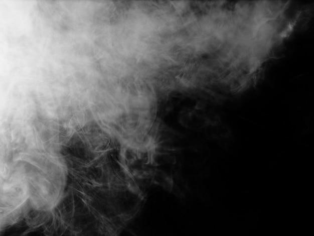 Texture de fumée sur fond noir