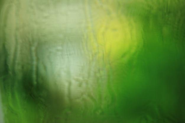 La texture des gouttes de pluie sur la vitre