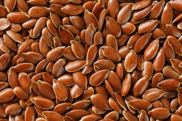Texture de graines de lin brun foncé.