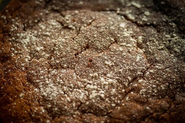 Texture de gros plan de gâteau au chocolat et aux carottes