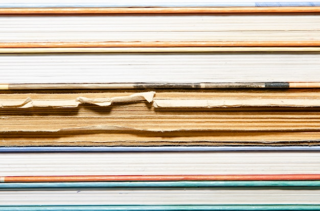 Texture des livres et du papier.