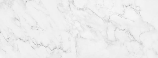 Texture de marbre blanc de panorama pour la conception décorative de fond ou de carreaux de sol.