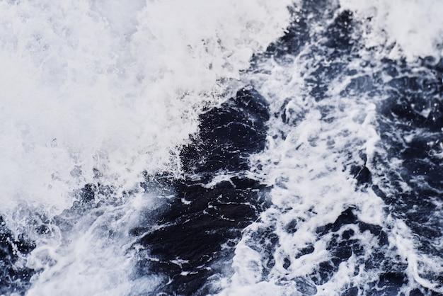 Texture de la mer des vagues du navire