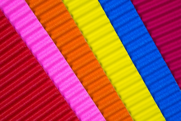 Texture de papier ondulé multicolore