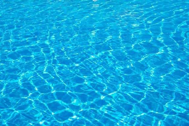 Texture de piscine d'eau et eau de surface sur la piscine.