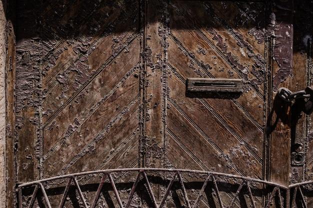Texture de porte ancienne en bois