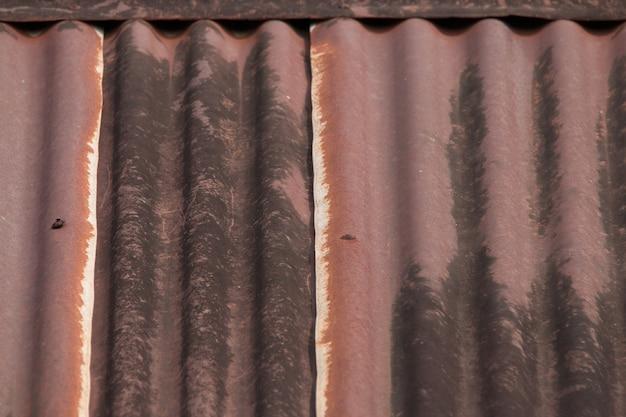Texture en tôle ondulée rouillée