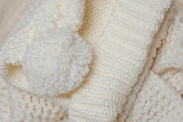 Texture tricotée et couleur de bubon ivoire