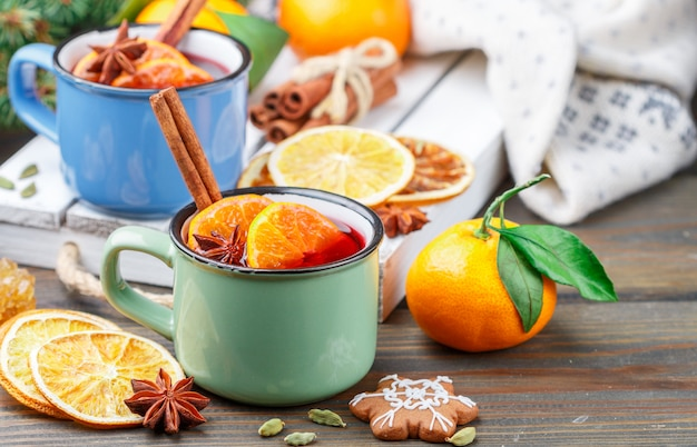 Thé chaud d'hiver traditionnel