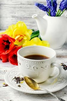 Thé et fleurs