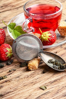 Thé à la fraise