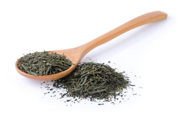 Thé sec sur fond blanc
