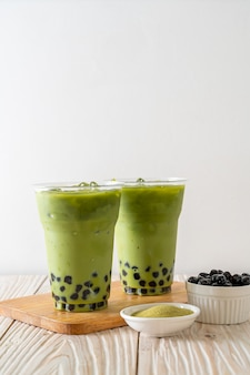 Thé vert au lait avec bulle