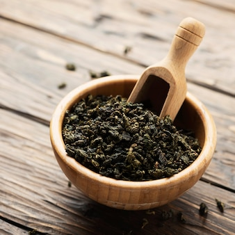 Thé vert cru