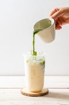 Thé vert matcha glacé glacé